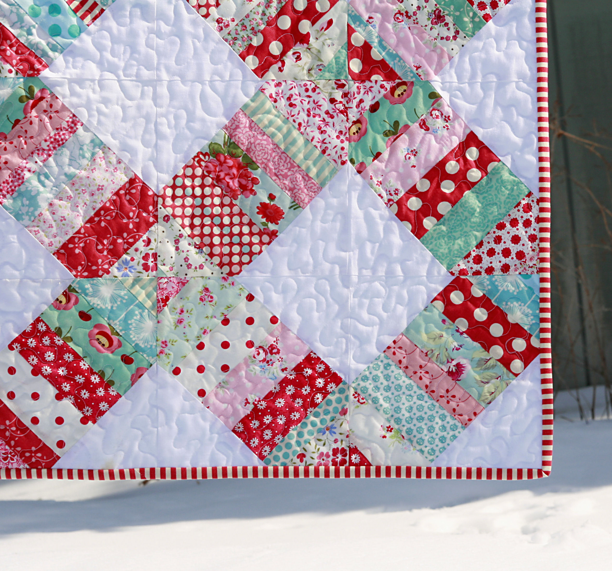 Wedding Ring Quilts: Liberated Wedding Ring Quilt & Giveaway