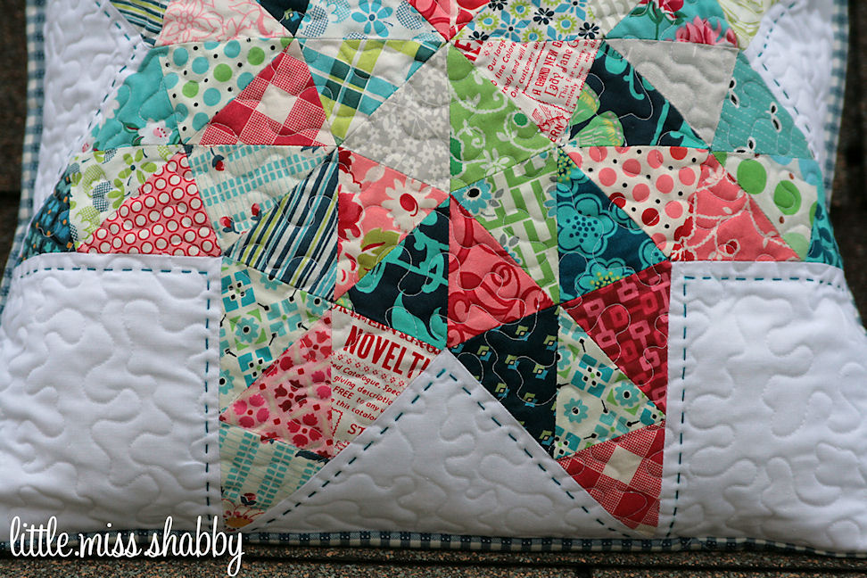 Pillow Talk Swap Pillow Finished – Coriander Quilts : stippling quilting techniques - Adamdwight.com