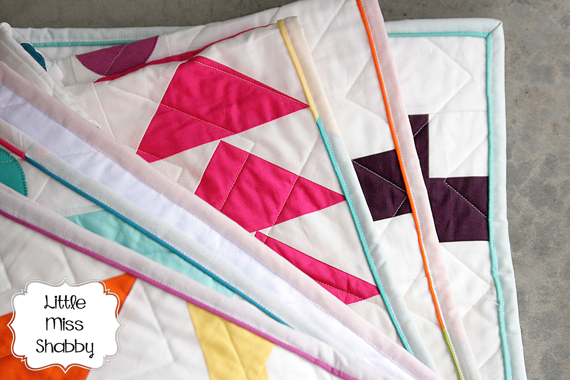 Scrappy Faux Piped Binding Tutorial – Coriander Quilts : binding on a quilt - Adamdwight.com