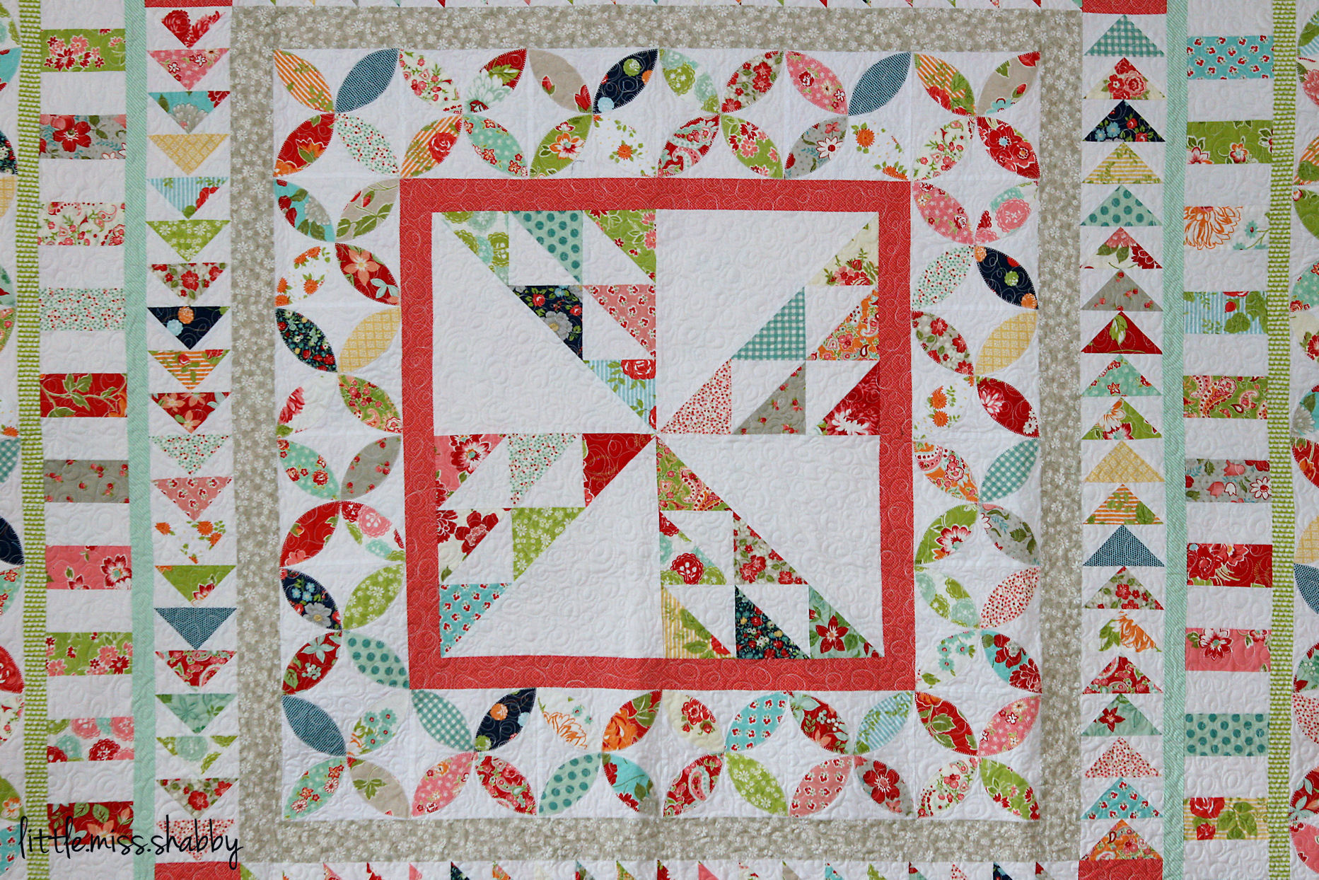 learn chair derby days how the day pattern make a polka quilts to dot medallion quilt